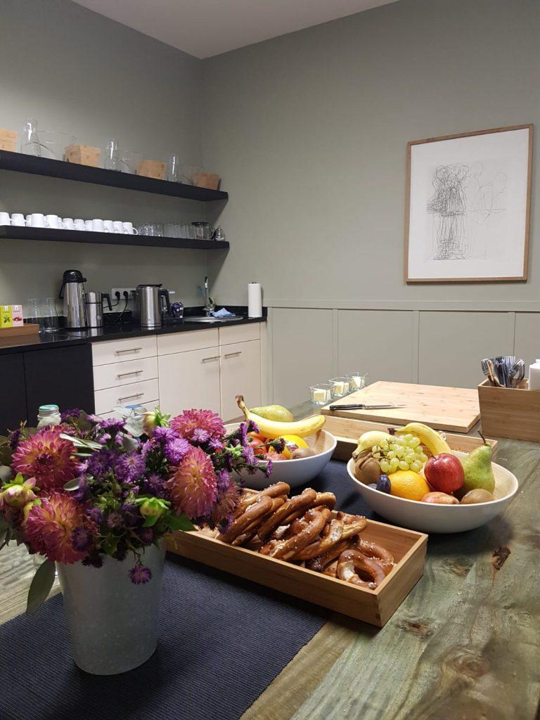 Verpflegung - Küche/Lounge